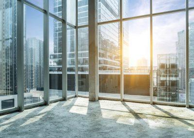 610-Sonnenschutzfolie-Buerogebaeude-Hitzschutz-Glasfenster