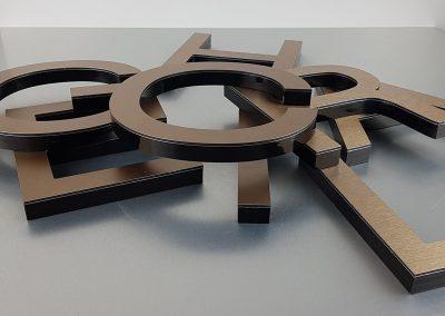 601-3d-Profilbuchstaben-Bronze-Edelstahllook-geschliffen
