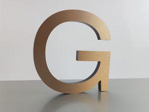601-Einzelbuchstabe-G-Bronze-Edelstahllook-geschliffen