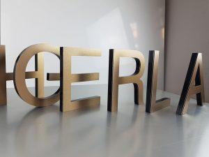 601-Einzelbuchstaben-Edelstahl-gebrushed-gelasert
