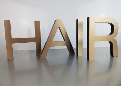 601-HAIR-Einzelbuchstabe-Bronze-Edelstahllook-geschliffen