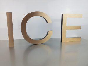 601-ICE-3D-Buchstabe-Bronze-Edelstahllook-geschliffen