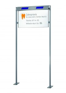 Gestell-Aufsteller-Beleuchtung-Solar-Infotafel-Schild-77x40cm
