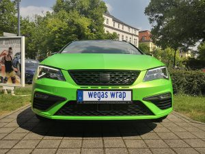 625-Folie-statt-Lack-Autofolie-gruen-metallic-matt-Seat-Front