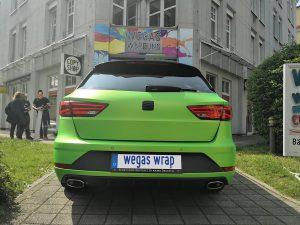 625-Folierung-Autofolie-gruen-metallic-matt-Seat-Heck