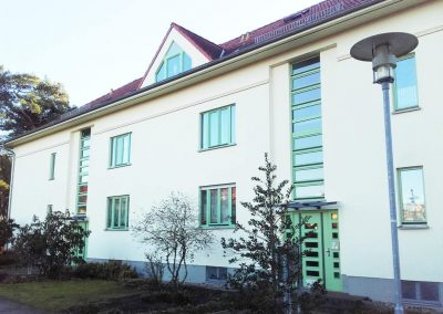 Malermeister-Jan-Siegel-Dresden-Malerarbeiten-Sanierung-Fassade-Fenster-Tueren-malern