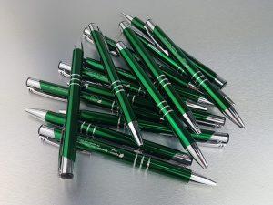 524-Kugelschreiber-Metall-gruen-Werbeaufschrift-Gravur