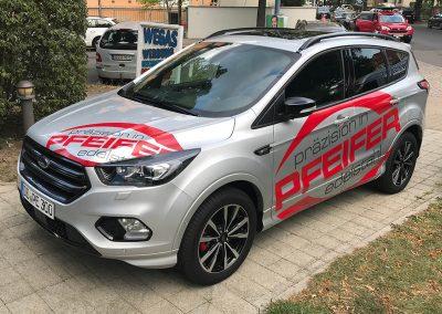 652-Fahrzeugbeschriftung-Pfeifer-Edelstahl-praezision