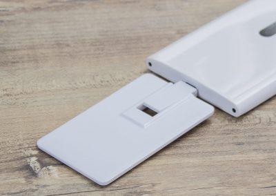 A1012709910-USB-Stick-Karte-Handy-Micro-Anschluss