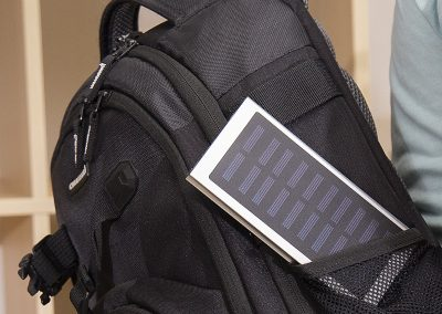 Powerbank-Q-Pack-Solar-Leo-Solartechnik-Ladestation-Smartphone-Tablets