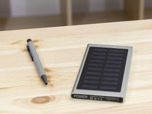Powerbank-Q-Pack-Solar-Leo-bedruckt