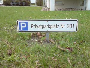 454-Privatparkplatz-Schild