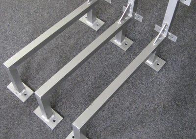 468-Leuchtreklame-Gestell-Dachbefestigung