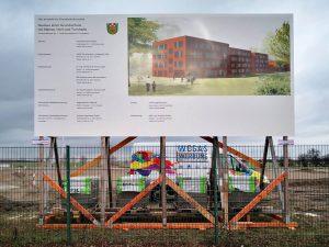 472-Bauschilder-Montage-Brandenburg-Berlin-Ahrensfelde