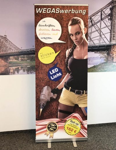 D102-Rollup-Display-Werbeagentur-Druckerei-Messe-Dresden-drucken