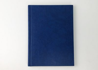 Wegaswerbung-Copyshop-Dresden-Buch-Dissertation-Masterarbeit-Hardcover-Leder-blau