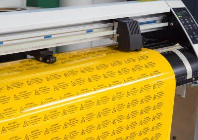 669-Beschriftung-Aufkleber-Etiketten-Digitaldruck-Konturschnitt-cut-plotten