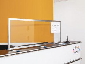 Corona-Wand-Wall-Schutzwand-Spuckschutz-Trennwand-Schutzscheibe-Coronavirus-Empfang