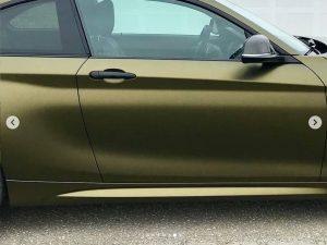 628-Carwrapping-Autofolie-Hexis-altgold-matt-HX30N71M-Tueren-kleben