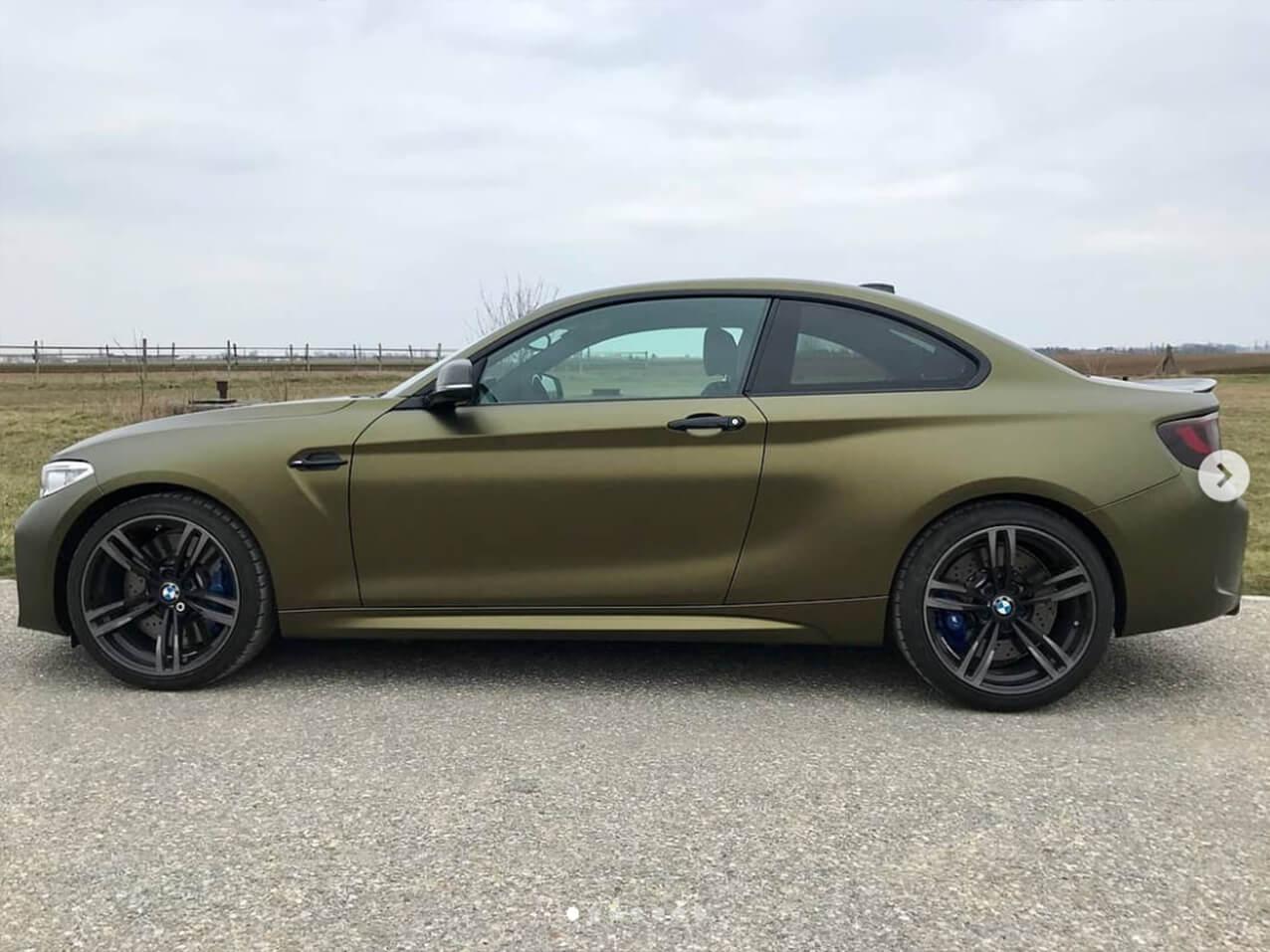 628-Carwrapping-Autofolie-Hexis-gold-matt-HX30N71M-Folierung-komplett