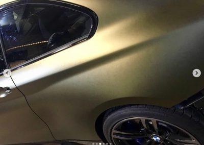 628-Carwrapping-Klebefolie-gold-matt-kleben-Motorhaube-Folie-statt-Lack