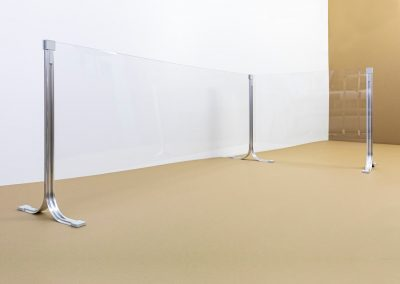 Corona-Wand-Wall-20-Schutzwand-Spuckschutz-Acrylglas-Winckel-Aufsteller-Tresen