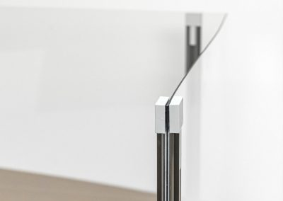 Corona-Wand-Wall-20-Schutzwand-Spuckschutz-Acrylglas-ueber-Eck-Aufsteller