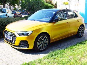 628-Autofolie-Avery-metallicsatin-energetic-yellow-Vollfolienverklebung-Audi