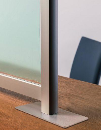 Aufsteller-Trennwand-Tisch-Theke-Hygieneschutzwand-Virus-Schutz