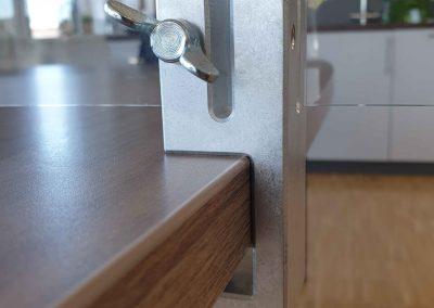 Klemmhalter-Halterung-Corona-Trennscheibe-Schutzwand-Klemme-Tisch-Theke