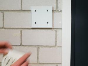 671-Infoschild-Wandschild-Tuerschild-Formoeinschub-Wechselrahmen-Montage