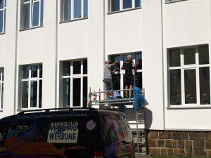 471-Sonnnenschutzfolie-Folienmontage-Firmengebaeude-bundesweit
