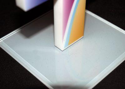 530-Werbemittel-Aufsteller-Pokal-Geschenk-Acryl-gefraest-bedruckt