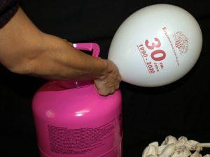 531-Luftballons-einfach-auffuellen-Gasflasche-Helium-Werbemittel