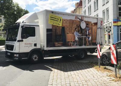679-LKW-Beschriftung-Fahrzeugflotte-Digitaldruck-Monteur-gesucht-Radensleben