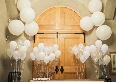 Luftballons-Firmenaufdruck-Logo-Motiv-bedrucken-Eroeffnung-Gaststaette-Hotel