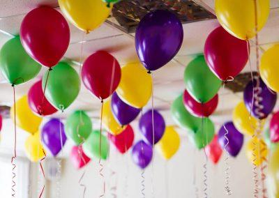 Luftballons-bunt-nach-Wunsch-bedrucken-Werbemittel-Party-Firmenfeier