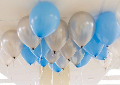 Luftballons-mit-Firmenaufdruck-Logo-Text-bedrucken-Firma