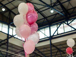 Luftballons-nach-Wunsch-bedrucken-Werbemittel-Firmenfeier-Betriebsfeier