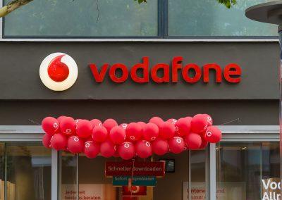 Luftballons-rot-mit-Firmenaufdruck-Logo-Text-bedrucken-Neueroeffnung