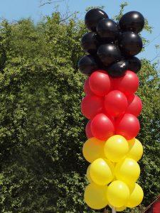 Luftballons-rot-schwarz-gelb-Deutschland-Werbeballon-Feier-Party-Dekoration