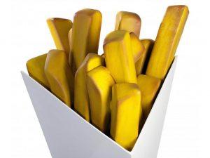 3-D-Figur-Plastik-Werbefigur-Aufsteller-Pommes-frites-Tuete-quadratisch