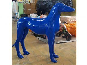 3-D-Figur-Tier-Plastik-Windhund-Dekofigur-Kunstobjekt-blau