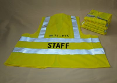 Wegas-fashion-Warnweste-Signal-Neon-Gelb-Vier-Reflexstreifen-Firmenbeschriftung-hinten