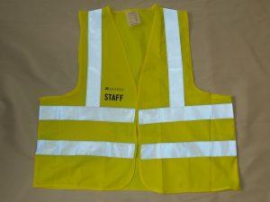 Wegas-fashion-Warnweste-Signal-Neon-Gelb-Vier-Reflexstreifen-Firmenbeschriftung-vorn