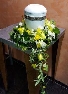 trauerfeier-trauergesteck-beerdigung-urnenschmuck-blumenhalle-boehme-dresden-tolkewitz