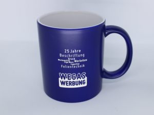 518-Kaffeetasse-Firmenpraesent-Gravur-wegaswerbung-25-jahre