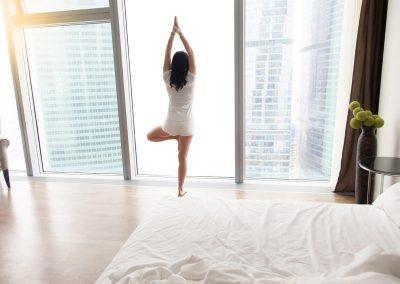 Sichtschutzfolie-weiss-schaltbar-Wohnung-Haus-Heim-Schlafzimmer-blickdicht