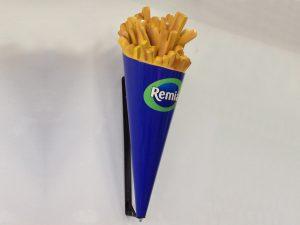 3d-Figur-Plastik-Aufhaengung-Wand-Werbefigur-Pommes-frites-Tuete