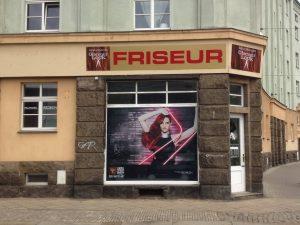 686-Friseur-Glamour-Look-Schaufensteraufkleber-Window-Graphics-Lochfolie